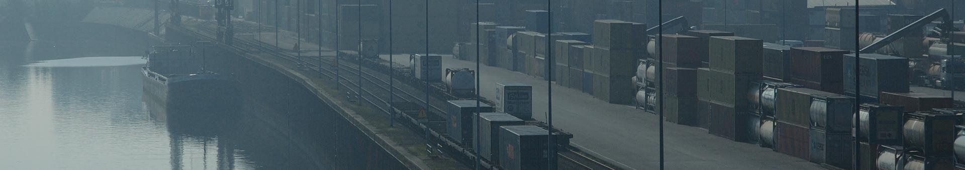 EIU Container