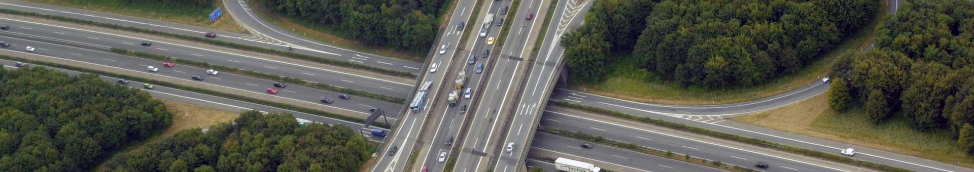 Knotenpunkt Autobahnbrücke