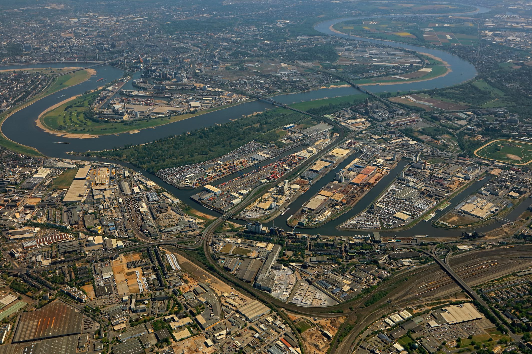 Luftbild Häfen Neuss Düsseldorf